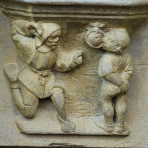"""jongleurs jouant à """"la pomme en l'air"""""""